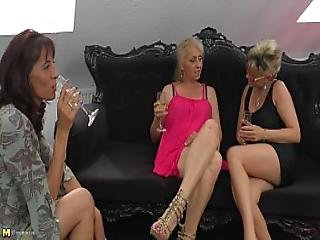 Matures Lesbians Sharing A Teen Pussy