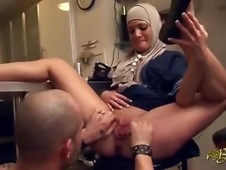 Super Hijab Painful Porn