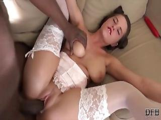 Black Guy Fucks His Gf In Her Ass Makes Her Cum And Moan From Bbc Anal