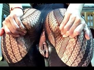 Little_izzi With Fishnets And Nylon Squirting On Cam