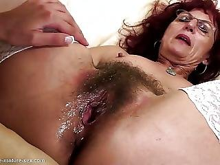 Deep Fisting For Sexy Mature Moms Hairy Pussy