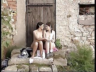 πίπα, κήπος, ομαδικό σεξ, έξω από το σπίτι, Εφηβες