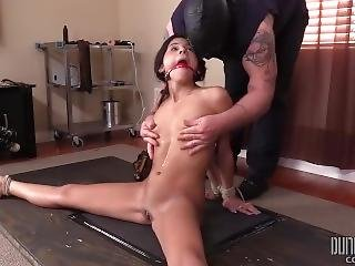 Sadie Pop - Small, Submissive And Overwhelmed 2