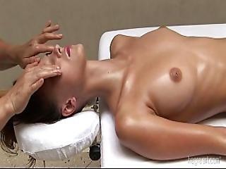 2012-01-20-hardsextube- Hegre-art Anna S - Sensual Oil Massage.m4v