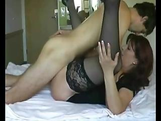 Brunette Milf Give Blowjob And Fucked