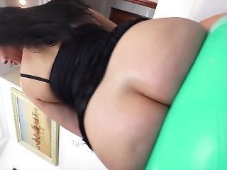 Milf κλανιάς πορνό