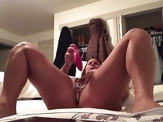 Edged Clit Orgasm With Vibrator & Creamy Squirting