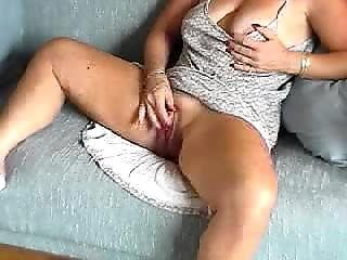 Huge Clit Milf Masterbates For You