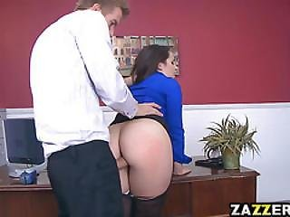 anaal, kont, dikke kont, baas, brunette, business vrouw, natureel, naturele tieten, ruw, sex, werkplaats, aanbidden