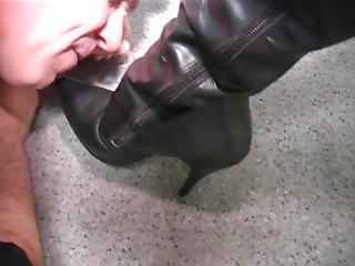 Empress Maxena Leather Gloves