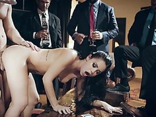 Offentlig ydmygelse sex video