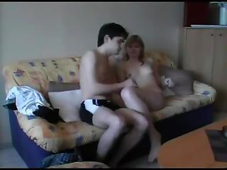Young Amateu Couple Sex Tape