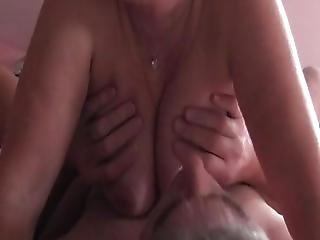 Mit Den Titten Von Maren Spielen