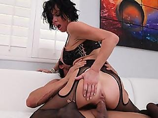 Teengonzo Milf Veronica Avluv In Stocking Gets Cunt Pounding