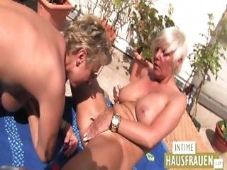 Hausfrauen Auf Der Terrasse Teil 2