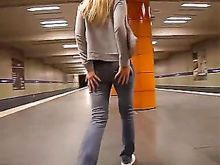 Blond Sweetheart Peeing In The Subway On Xpee