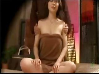 Chinese Traditional Upper Body Massage To Reduce Physical Stress - Hidden Camera