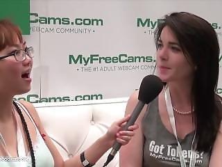 Myfreecams Emilylynne Talks With Harriet Sugarcookie Avn Aexpo 2015