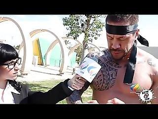 Haria Lo Que Fuera Por Una Historia - The Hot Tv Reporter