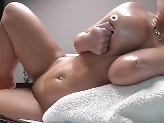 Babydollnikolexx A Brunette Big Boobs On Webcam - Femalecamstv.com