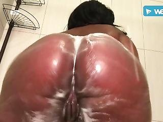Thick Ebony Shower Fun(short Clip)