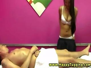 Real asian masseuse gets naked for cash