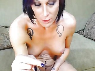 Sexy Tranny With Amazing Body Masturbates
