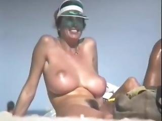 Huge Natural Tits Woman With Slim Figure At The Beach