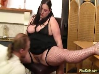 Flexi Bbw Real Doll Fucked