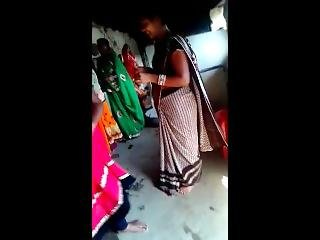 Hot Desi Indian Savita Bhabhi In Saare
