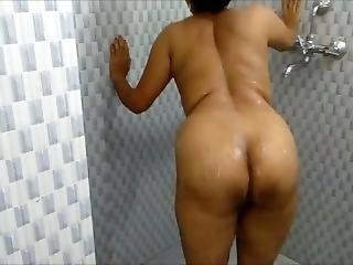 Indian Sister Bathroom Shower Sex Mms Leaked By Room Cleaner