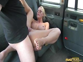 %5Bfaketaxi%5D Chelsey Lanette %28sexy Dutch Lady Tries Anal In Taxi   28.04.16%29