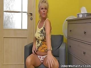 Euro Granny Koko Rubs Her Old Cunt