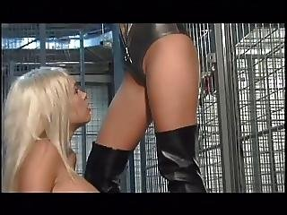 Gay Girls In Cage Licking Cunt