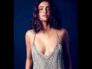 Sonam Kapoor - Masturbation Challenge