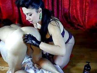 Sensual Hard Fisting From Siouxsie Q. Double Fisting, Glass Plug, Huge Gape