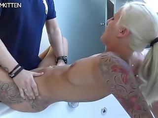 røv, babe, stor røv, stort bryst, blond, tysk, slik, matur, fisse, fisse slikning, sperm, squirt