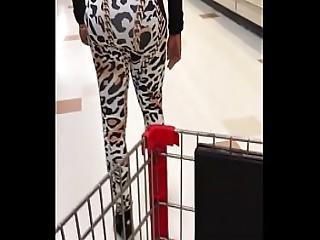 Sexy Ebony Milf In Grocery Store