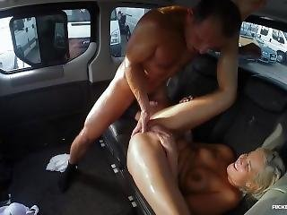 George Uhl & Nikky Dream - Squirts In The Car
