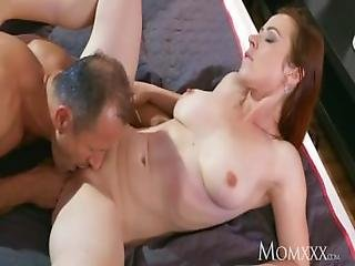 Mom Horny Housewife Sucks Her Husband%E2%80%99s Cock Dry After 69