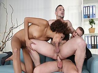肛門の, フェラチオ, ファッキング, 異人種間の, 上に, おまんこ, 3P