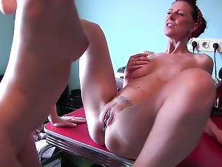 German Milf Seduces Young Cleaning Lady