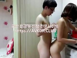 Asia Girl Fuck In The Kitchen