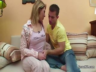 Step-brother Want To Fuck After Teen Girl Wake Up At Night