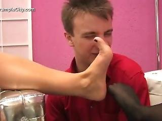 Lucky Guy Sniff Two Hot Girls Armpit