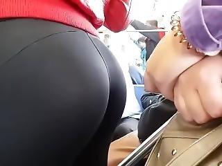 Yummy Big Teen Ass In Leggings On Train