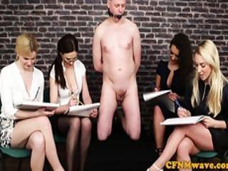bonasse, cfnm, sperme, éjaculation, européenne, femdom, lunettes, branlette, humiliation, milf, sexe, voyeur