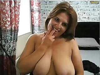 Julia Stits Is Doing Good On Her Webcam