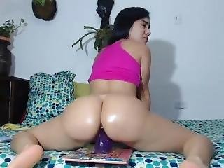 $lim Thicc Colombian Mami