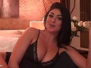 Lesbianx fucks porn movie